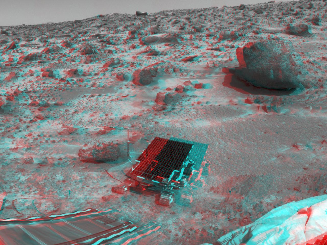 Anaglyph image of Pathfinder